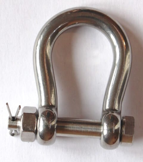 stainless steel bow shackle - safety bolt